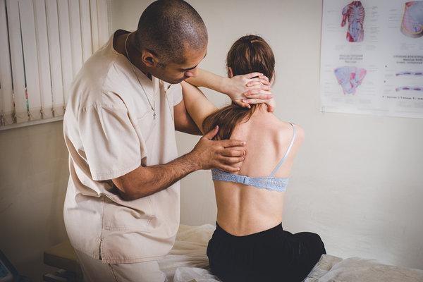neck pain doctors